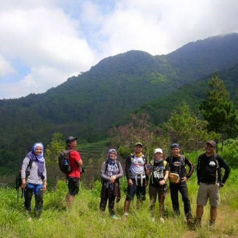 Hiking  Seru di Sekitar Bandung